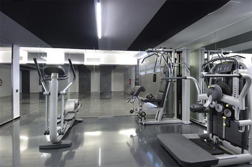 Odern home gym design house i 39 m for Home gym interior design